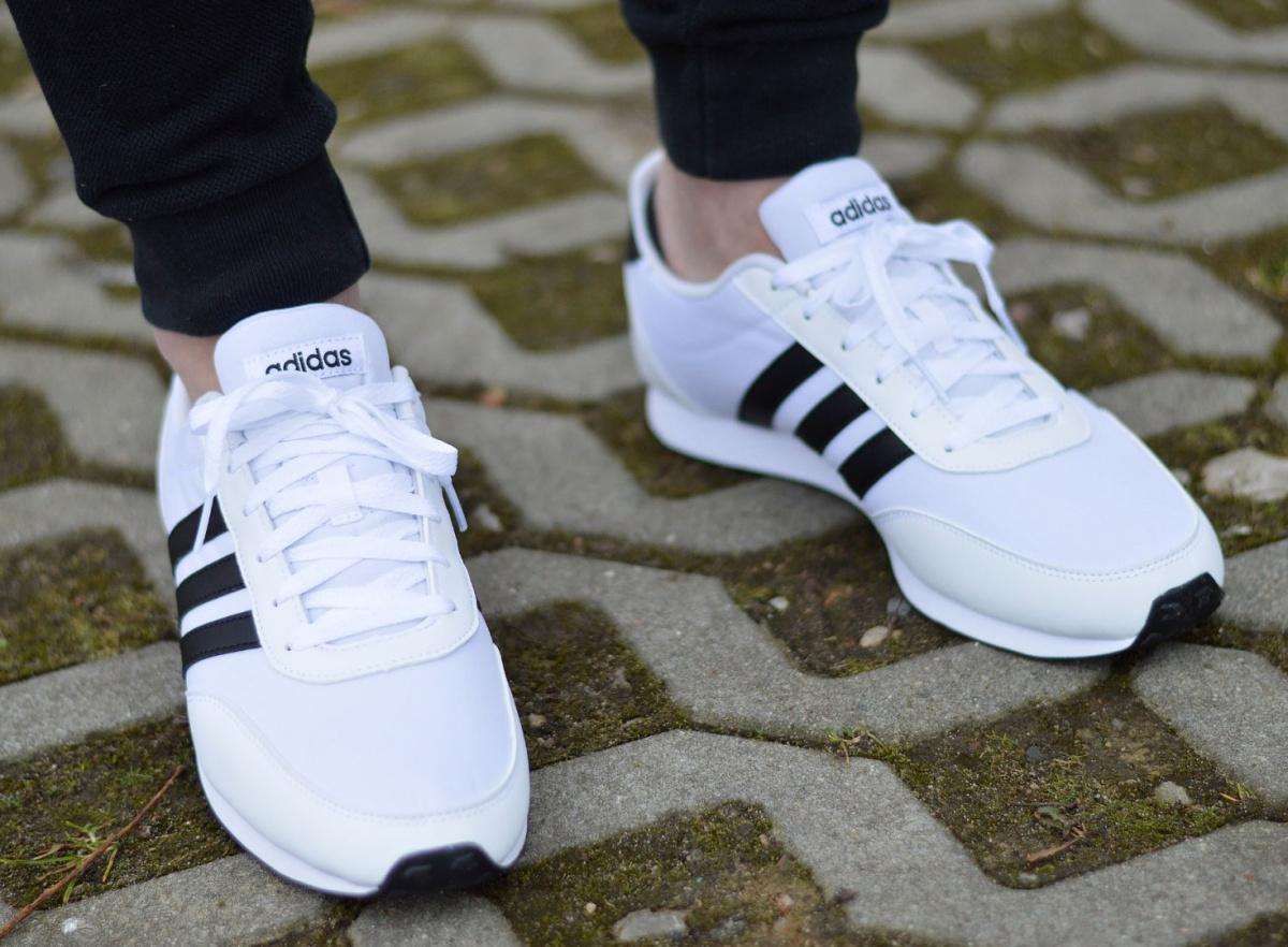 ADIDAS V RACER 2.0 Sneaker Herren